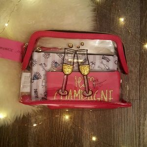 New Betsey Johnson 3 Piece Pink Cosmetic Set BET
